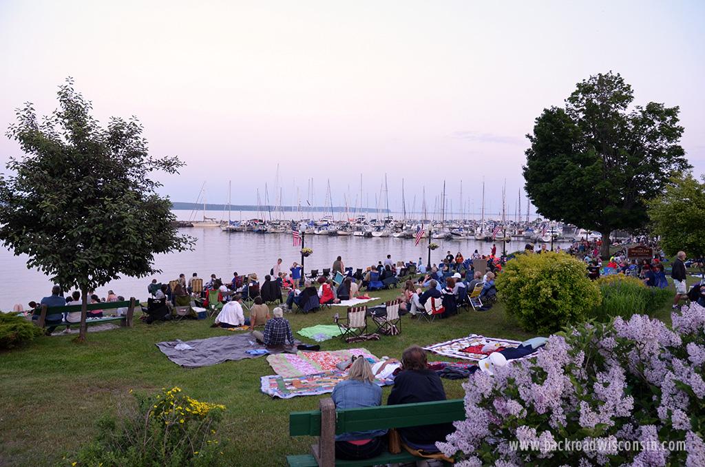 Bayfield-Fireworks-Memorial-Park