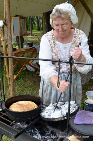 Mosinee-Logjam-pie-baker